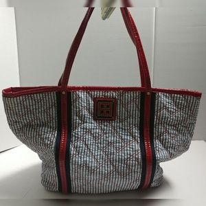 Tommy Hilfiger Tote Magnetic Bag Some Flaws
